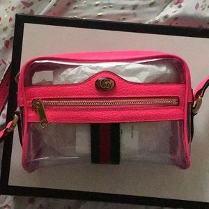 Gucci Crossbody in Neon Pink